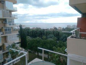 25 casas y apartamentos baratos en la costa idealista news for Pisos baratos en benalmadena
