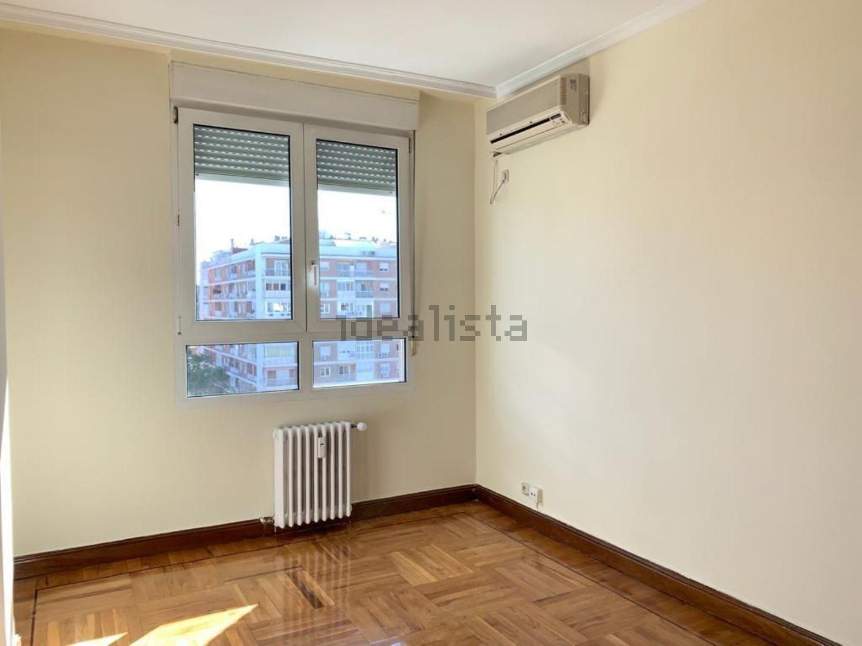 Imagen Estancia de piso en calle de Orense, 32, Cuatro Caminos, Madrid