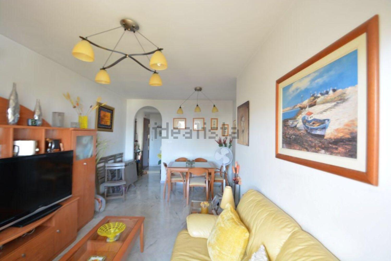 Imagen Salón de piso en avenida Arias de Velasco, 58, La Patera, Marbella
