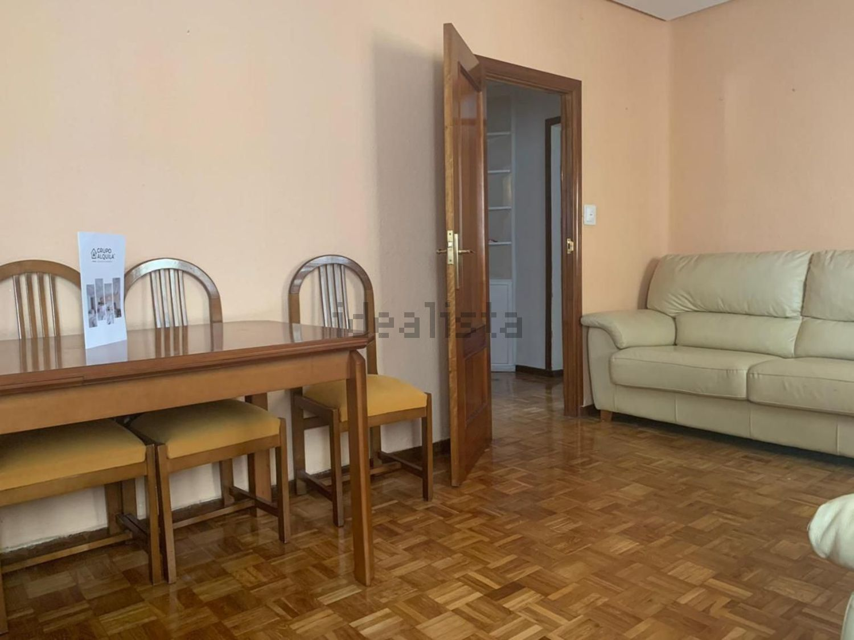 Imagen Salón de piso en calle de Martín de Vargas, 23, Acacias, Madrid