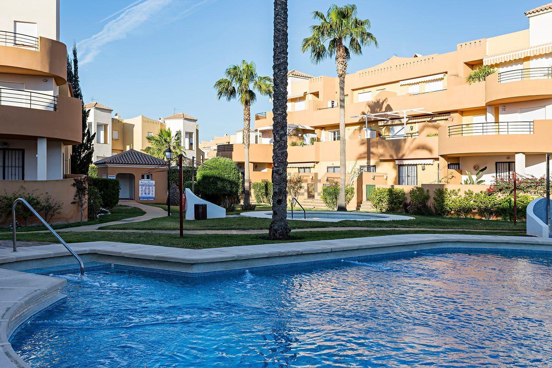 Imagen Piscina de piso en avenida Ciudad de Tarragona, 2, Vera Playa Naturista, Vera