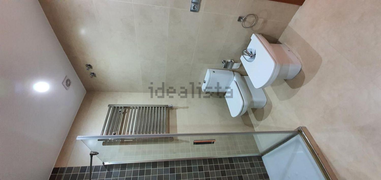 Imagen Baño de piso en calle Palos de la Frontera, 19, Centro, Huelva