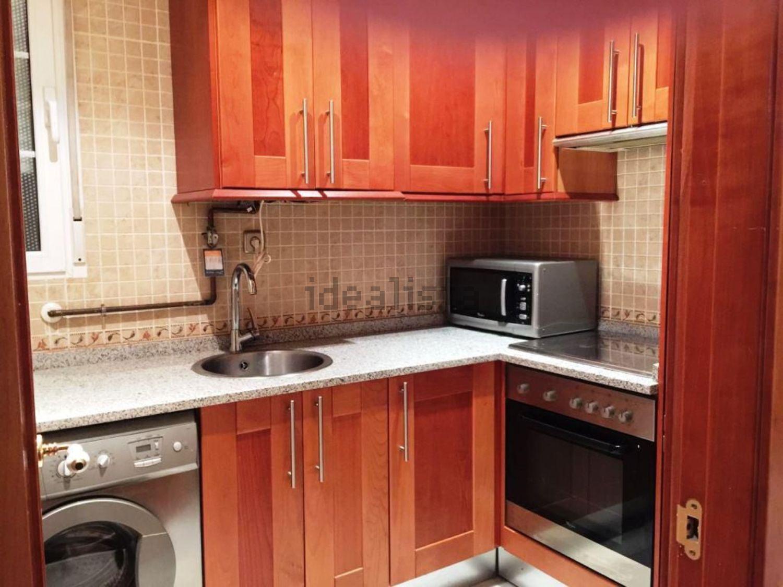 Imagen Cocina de piso en calle del Mesón de Paredes, 84, Lavapiés-Embajadores, Madrid