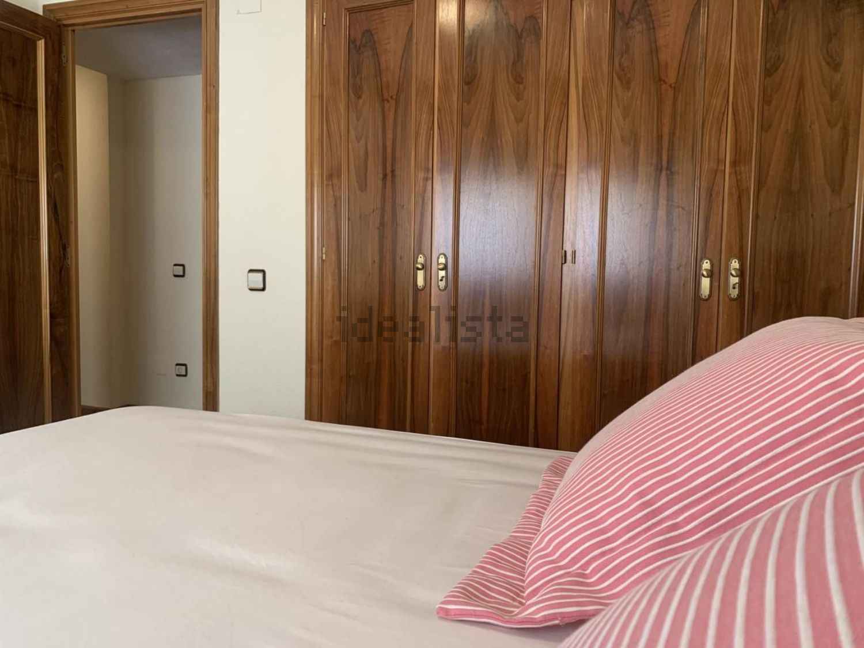 Imagen Habitación de piso en calle Julio Palacios, 17, La Paz, Madrid