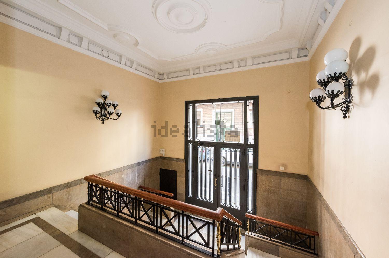 一个公寓的图象在Calle Rey弗朗西斯科,9,Argüelles,马德里