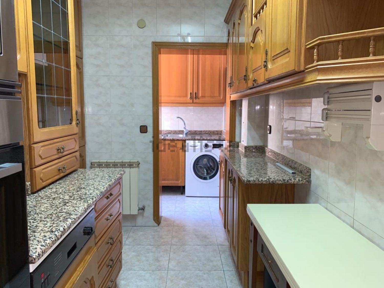 Imagen Cocina de piso en calle Copenhague, 12, Noreste, Torrejón de Ardoz
