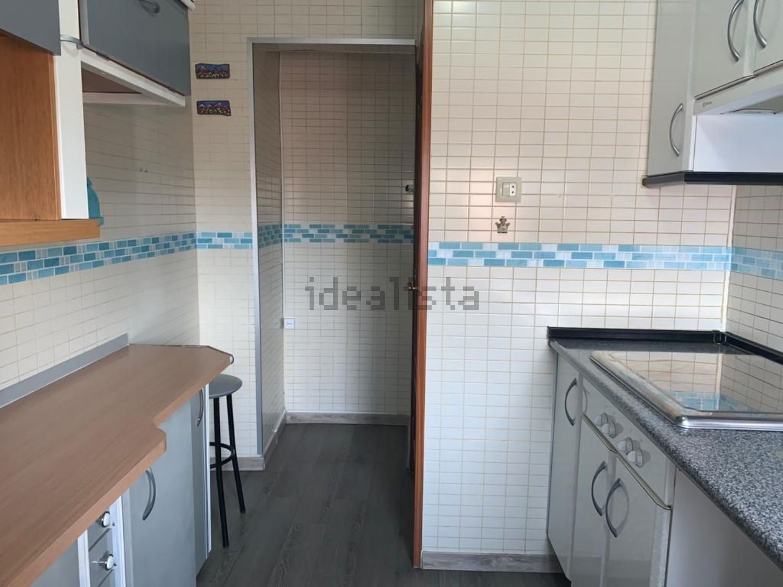 Imagen Cocina de piso en plaza Vulcano, Abrantes, Madrid