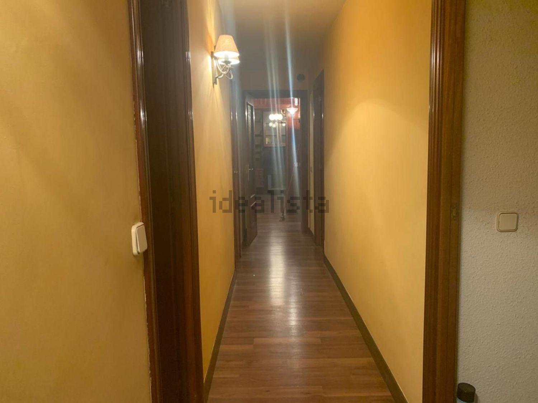 Imagen Pasillo de piso en calle San Graciano, Moscardó, Madrid