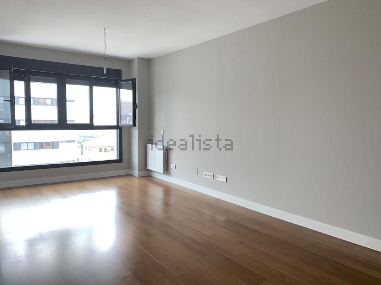 Imagen Estancia de piso en calle de Antonio López, 195, Almendrales, Madrid
