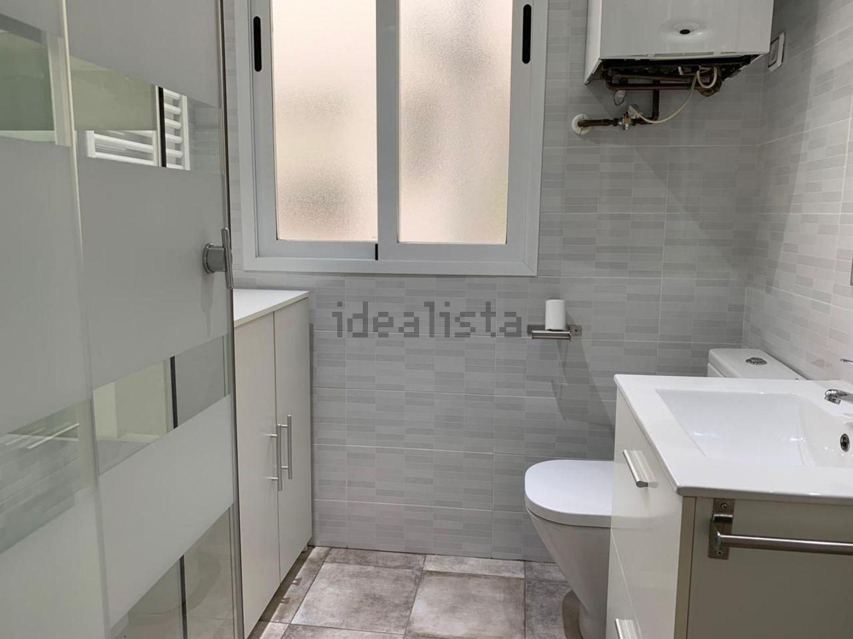 Imagen Baño de piso en calle del General Ricardos, 69, Opañel, Madrid
