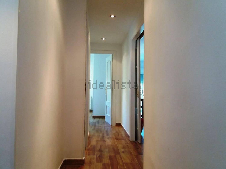 Imagen Pasillo de piso en calle Serafín de Asís, 3, Lucero, Madrid