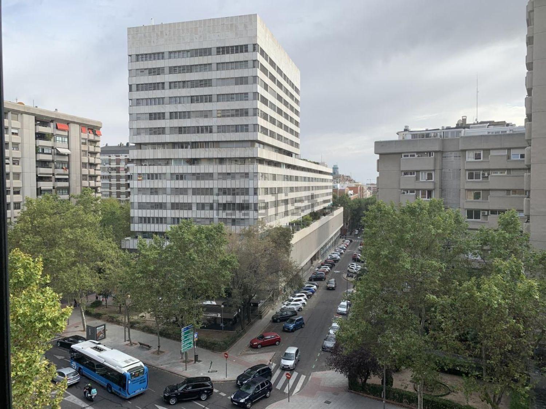 Imagen Vistas de piso en calle de Sor Ángela de la Cruz, 22, Cuzco-Castillejos, Madrid