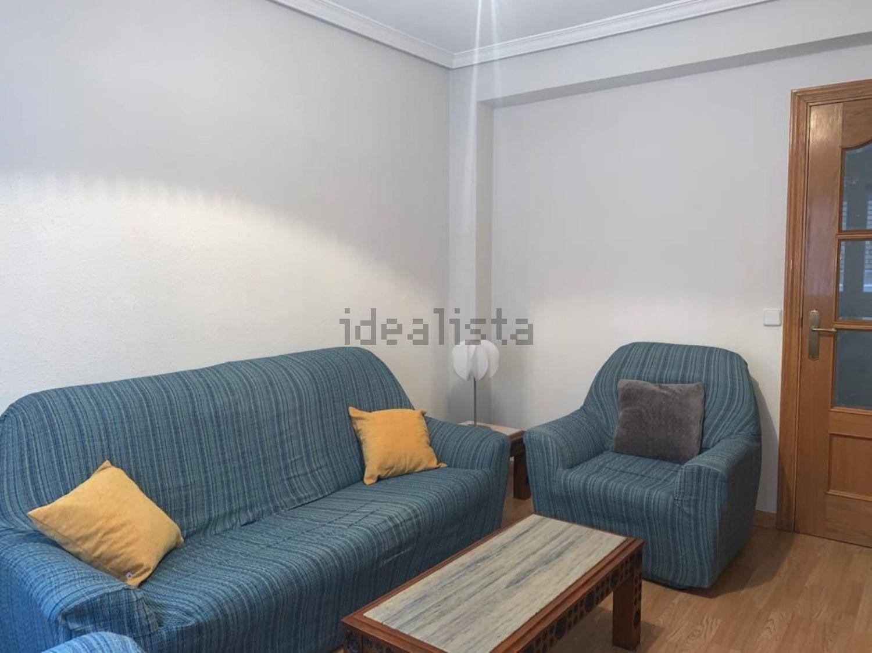 Imagen Salón de piso en calle de Lorca, 11, Pinar del Rey, Madrid