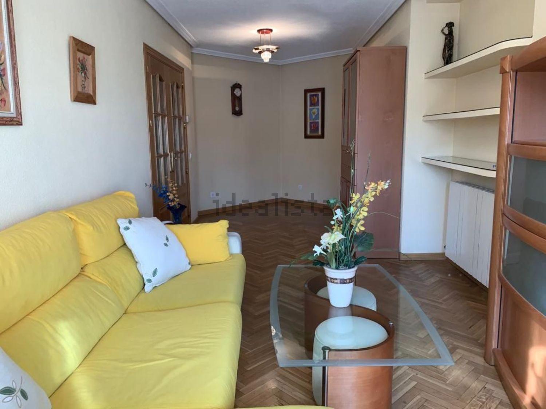 Imagen Salón de piso en avenida Cristóbal Colón, 13, Noreste, Torrejón de Ardoz