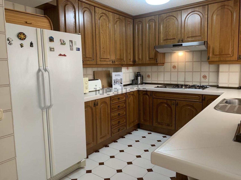 Imagen Cocina de piso en calle Julio Palacios, 17, La Paz, Madrid