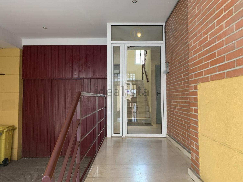 Imagen de piso en calle de los Carrascales, 16, Pradolongo, Madrid