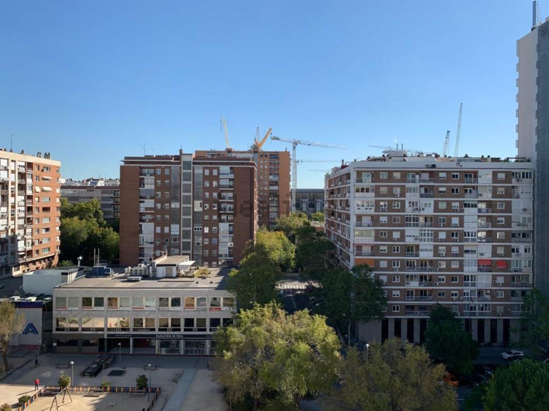 Imagen Vistas de piso en calle de Orense, 32, Cuatro Caminos, Madrid