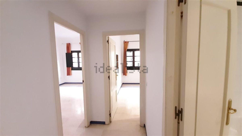 Imagen Pasillo de piso en calle Reposo, 4, Plaza de la Gavidia-San Lorenzo, Sevilla
