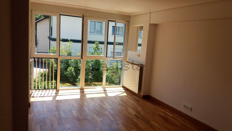 Imagen Salón de piso en calle Teniente Fuentes Pila, 11, El Sardinero, Santander