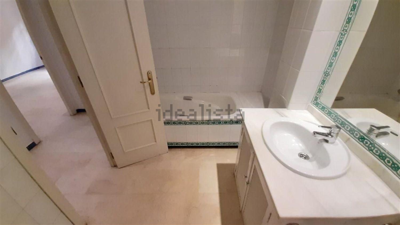 Imagen Baño de piso en calle Reposo, 4, Plaza de la Gavidia-San Lorenzo, Sevilla