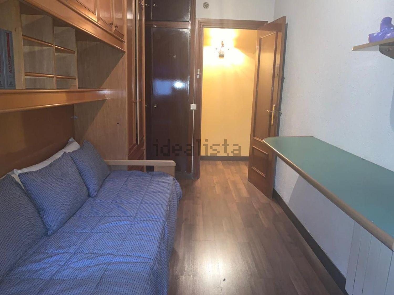 Imagen de piso en calle San Graciano, Moscardó, Madrid