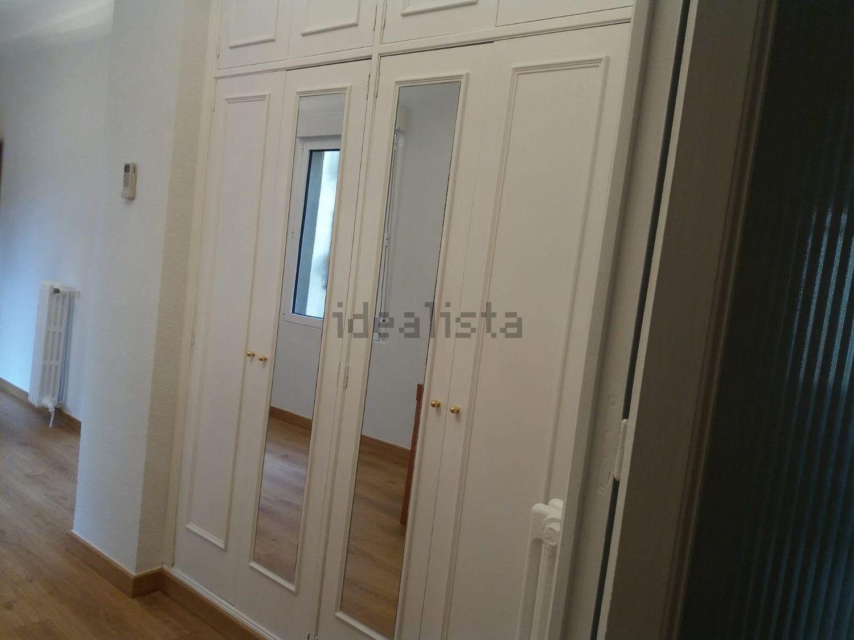 Alquiler de piso en calle de san bernardo 5 palacio for Pisos alquiler huesca capital