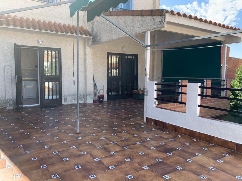 Imagen Fachada de  casa o chalet independiente en calle de Ruedajarros, Algete
