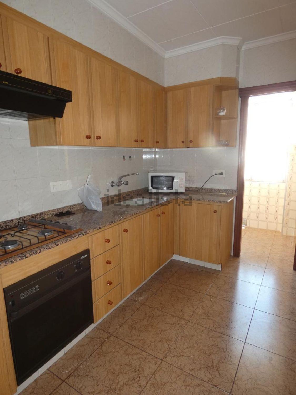 Imagen Cocina de piso en plaza del Pintor Segrelles, 7, Arrancapins, València