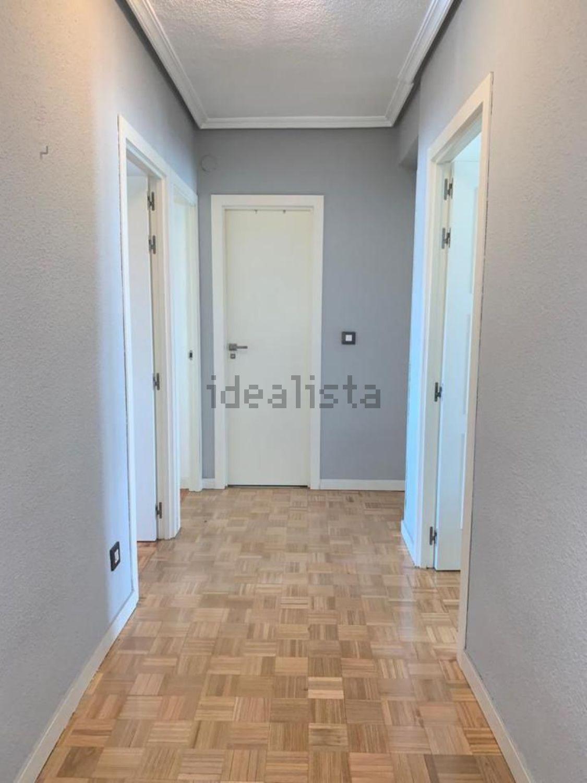 Imagen Pasillo de piso en calle Caunedo, 46, Simancas, Madrid