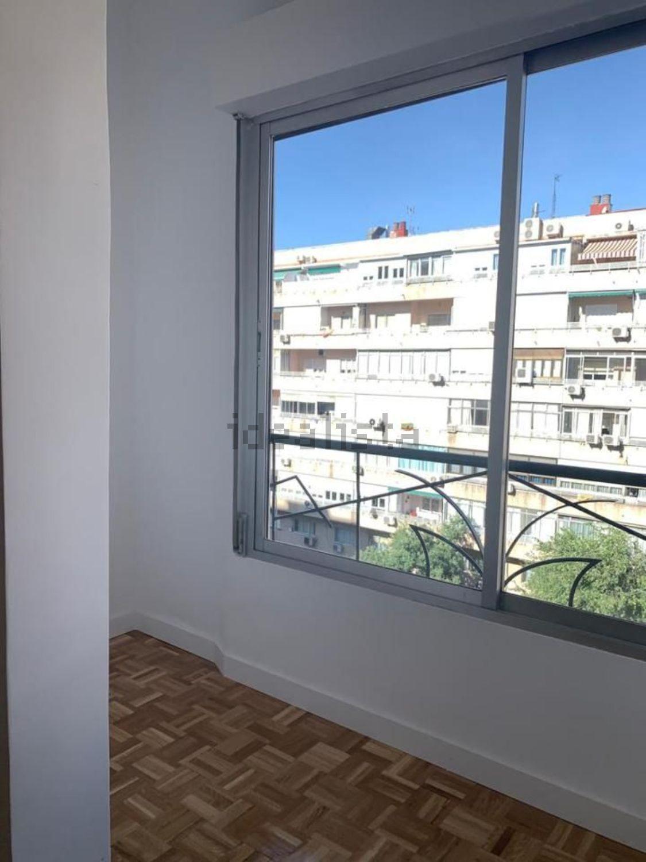 Imagen Estancia de piso en calle del Doctor Esquerdo, 169, Estrella, Madrid