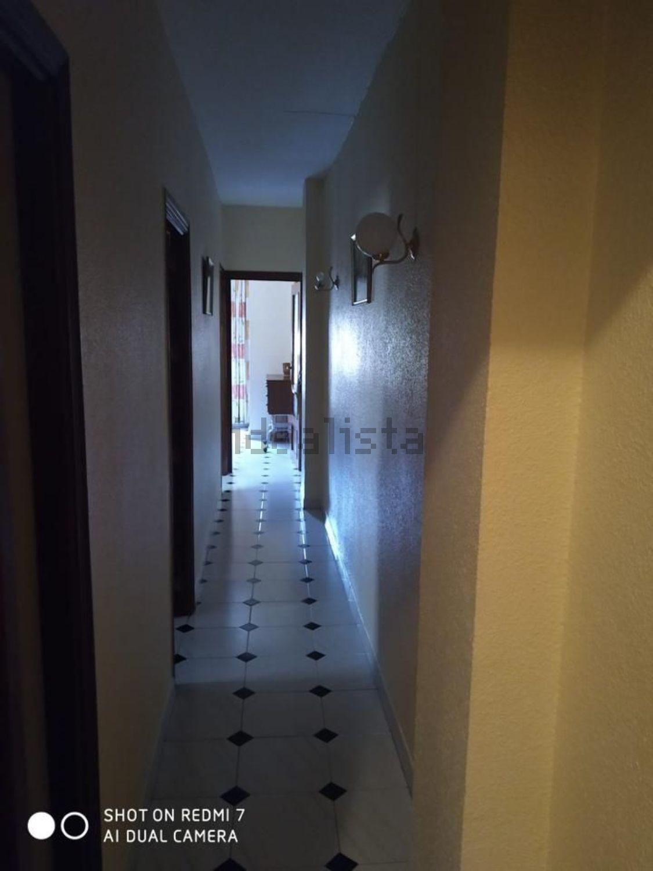 Imagen Pasillo de piso en avenida de los Almogávares, 40, Valdeolleros - Zumbacón - Camping, Córdoba