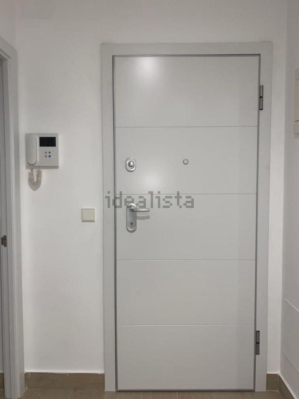 Imagen Pasillo de piso en calle del General Cabrera, 11, Cuatro Caminos, Madrid