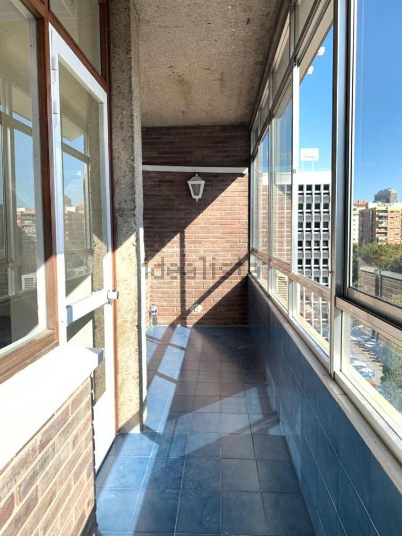Imagen Terraza de piso en calle de Orense, 32, Cuatro Caminos, Madrid