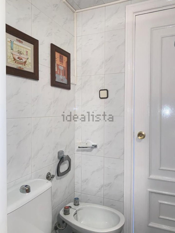 Imagen Baño de piso en avenida de Monforte de Lemos, 111, Pilar, Madrid