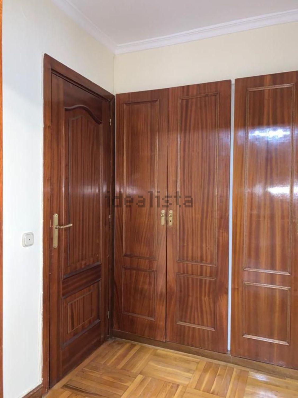 Imagen Habitación de piso en calle de Orense, 32, Cuatro Caminos, Madrid