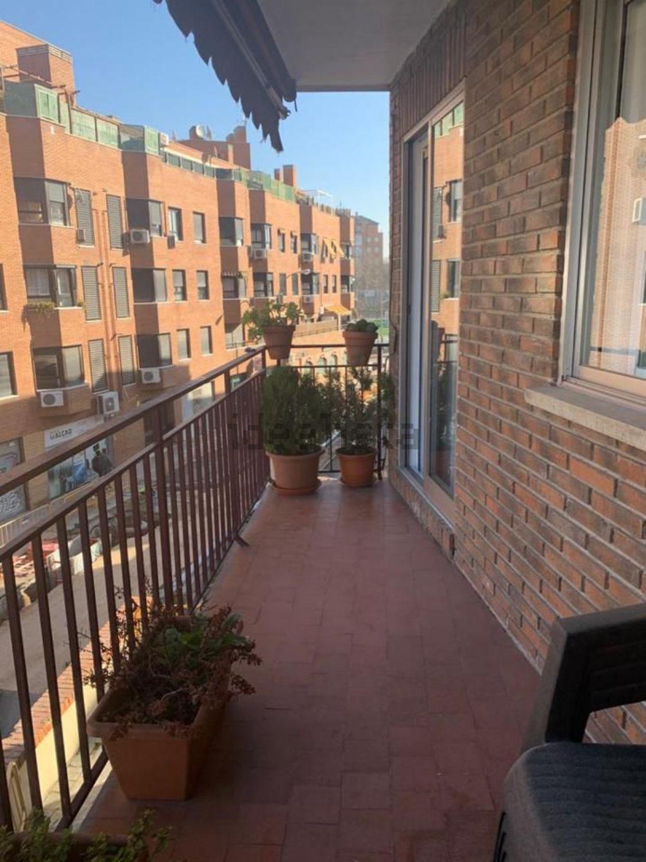 Imagen Terraza de piso en calle Chisperos, Los Cármenes, Madrid