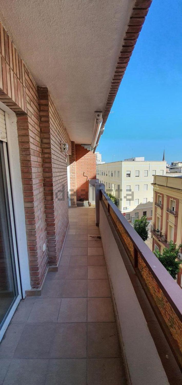 Imagen Terraza de piso en calle Palos de la Frontera, 19, Centro, Huelva