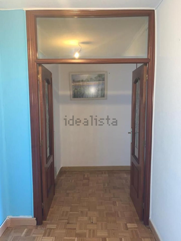Imagen Pasillo de piso en plaza Vulcano, Abrantes, Madrid