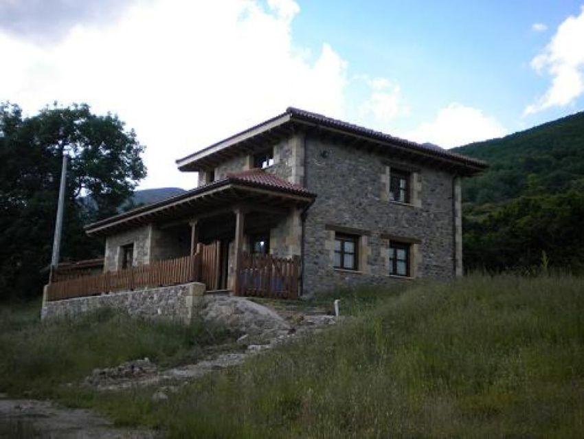 Casa O Chalet En Venta En Triollo Montaña Palentina Palencia Idealista