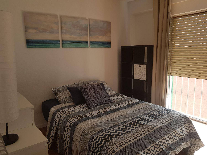 Alquiler de habitación en calle de Marcos de Orueta, 10, Tres Olivos ...