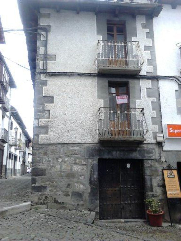 Imagen Fachada de casa de pueblo en Barrio Labaria, 35, Ochagavia