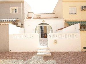 Long-term rentals in La Siesta - El Salado - Torreta
