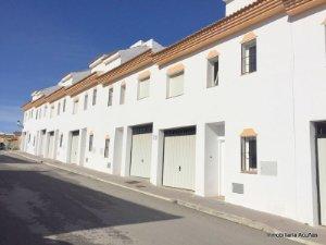 Casas Y Pisos En Villanueva De La Concepcion Malaga Idealista