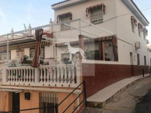 eaddb63cf346b Casas y pisos en Villanueva del Rio y Minas