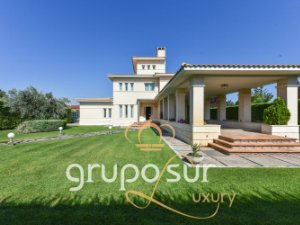Property for sale in Boecillo, Valladolid, Spain: houses and