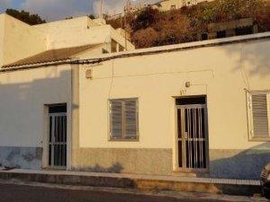 Casas Y Pisos Baratos En Tanque Santa Cruz De Tenerife Idealista