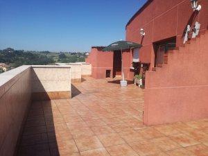Casas Y Pisos Con Terraza En El Carbayedo El Quirinal