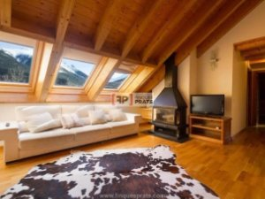 Property for sale in Taüll, Lleida: Apartments; Country homes ... on