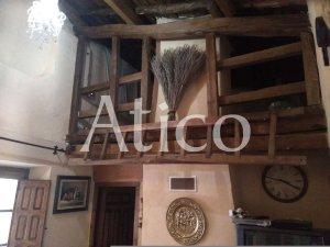 Casas y pisos en Nava de la Asuncion, Segovia — idealista