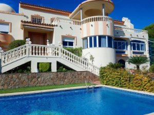 467b91cb4fd8 Property for sale in Hacienda Torrequebrada